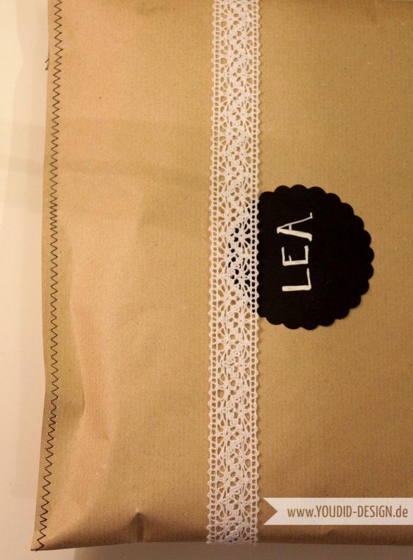 Geschenke einpacken mit Nähmaschine | www.youdid-design.de