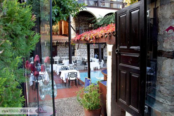Innenhof Antalya | youdid-design.de