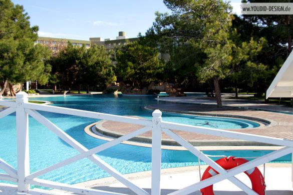 Pool Titanic Hotel | youdid-design.de