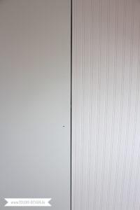 Vorher Nachher Beadboard Wallpaper auf IKEA Kleiderschrank kleben | www.youdid-design.de
