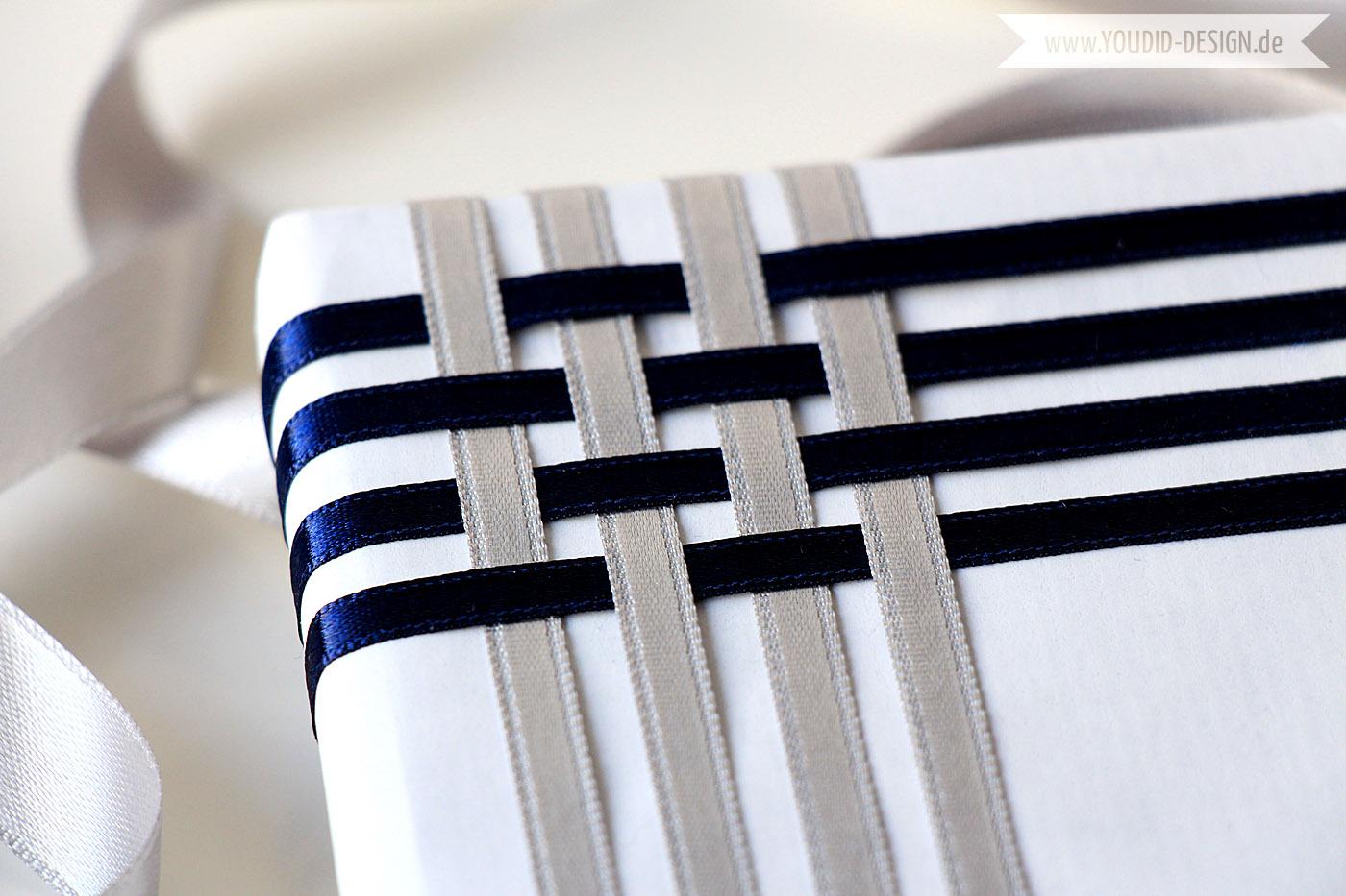 geschenke und karten mit geschenkband versch nern youdid design. Black Bedroom Furniture Sets. Home Design Ideas