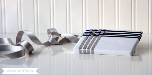 Gift Wrapping with Ribbons | www.youdid-design.de