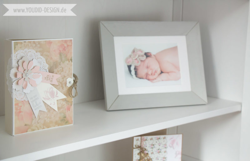 Inspiration for a scandinavian nursery Inspirationen für ein skandinavisches Kinderzimmer in mint blush IKEA Hack IKEA Hemnes deko interior nordic scandi style shelf | www.youdid-design.de