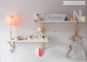 Inspiration for a scandinavian nursery Inspirationen für ein skandinavisches Kinderzimmer in mint blush IKEA Hack scandinavian deko nordic interior style scandi style simplicity Shelf | www.youdid-design.de