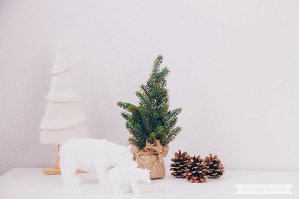 Minimalistische nordische skandinavische Weihnachtsdeko Waldlandschaft | www.youdid-design.de