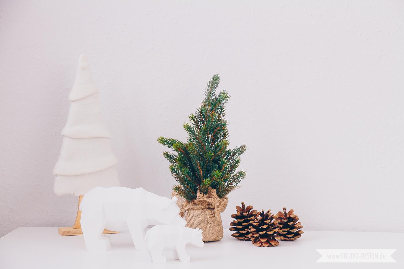 Minimalistische Nordische Skandinavische Weihnachtsdeko Waldlandschaft |  Www.youdid Design.de