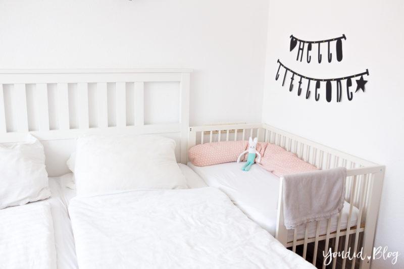 Familienbett IKEA Gulliver Babybett Gitterbett als Beistellbett IKEA Hack Cosleeping | https://youdid.blog