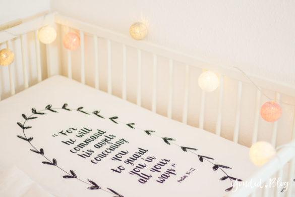 familienbett beistellbett oder babybett im kinderzimmer. Black Bedroom Furniture Sets. Home Design Ideas