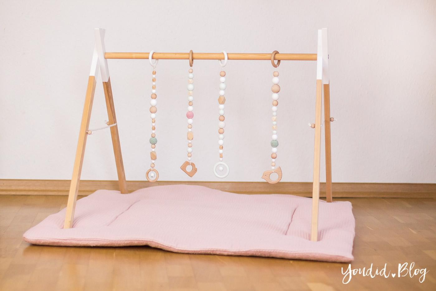 bauanleitung f r einen diy holz spielbogen im. Black Bedroom Furniture Sets. Home Design Ideas