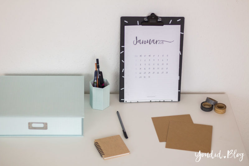 Minimalistischer Kalender Printable - Minimalistic Calendar Black and White | https://youdid.blog
