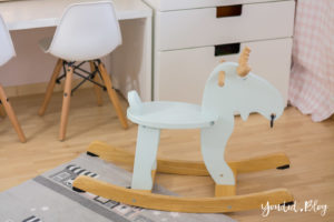 nordic kidsroom skandinavisches Kinderzimmer IKEA Schaukelelch | https://youdid.blog
