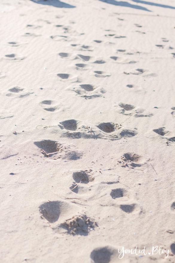 Tipps für mehr Selbstfürsorge als Mama, eine Mama Auszeit und mehr Metime - Spuren im Sand | https://youdid.blog