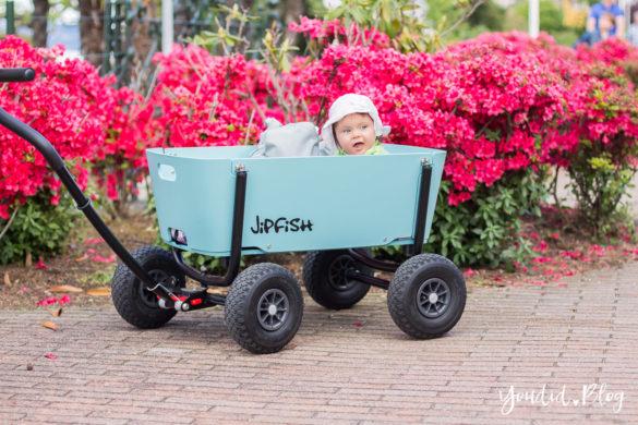 Stylischer Bollerwagen statt Geschwisterwagen - Wir testen in Italien den Jipfish Handwagen Flowers | https://youdid.blog