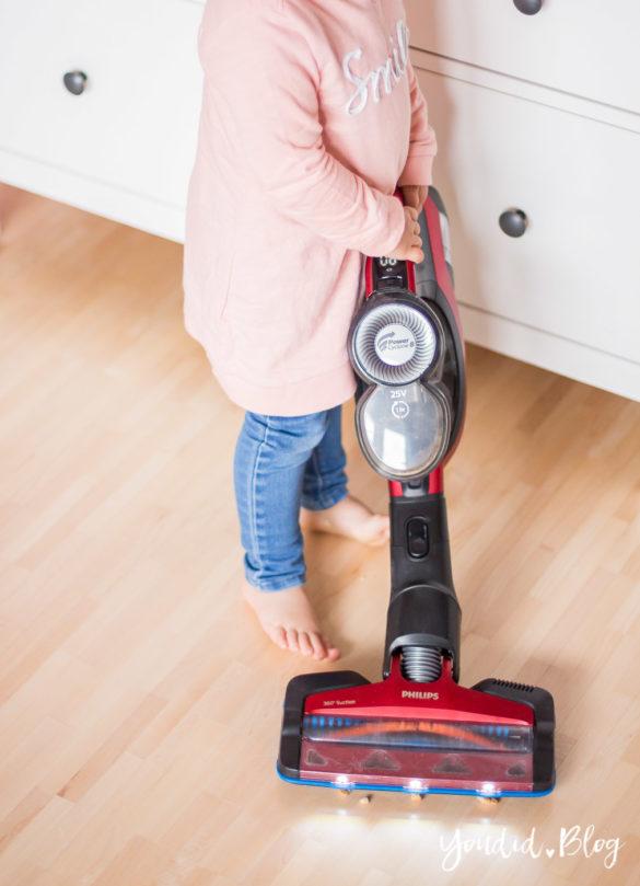 Philips SpeedPro Max im Test - Kabelloser Akkustaubsauger Testbericht - Was für eine Erleichterung im Mamaalltag sehr klein | https://youdid.blog