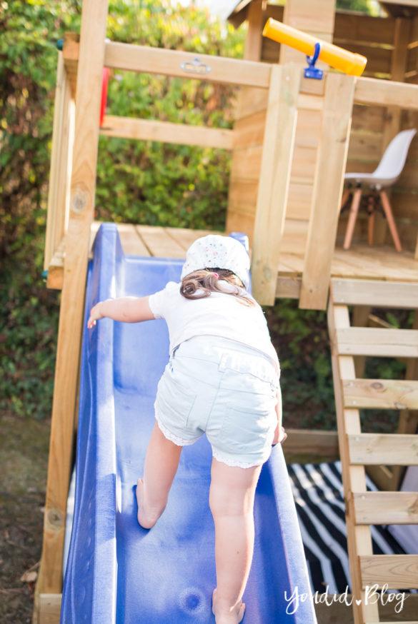 Ein Kletterturm mit Rutsche Sandkasten Schaukel und Spielhaus - Unsere Erfahrung mit dem Wickey Spielturm Climbing Tower | https://youdid.blog