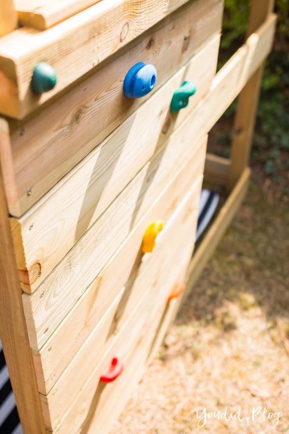 Ein Kletterturm mit Rutsche Sandkasten Schaukel und Spielhaus - Unsere Erfahrung mit dem Wickey Spielturm mit Kletterwand | https://youdid.blog