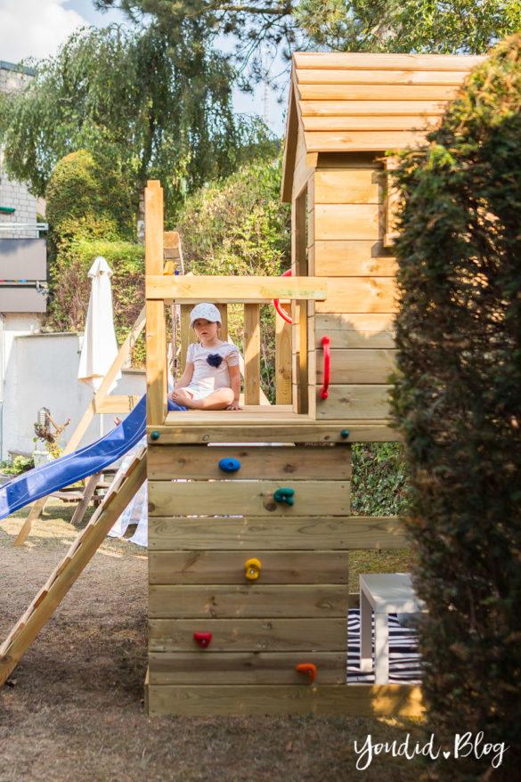 Ein Kletterturm mit Sandkasten Schaukel und Spielhaus - Unsere Erfahrung mit dem Wickey Spielturm | https://youdid.blog