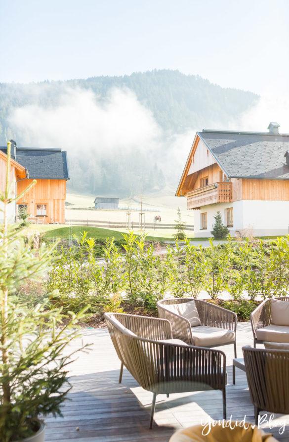 Luxus Familienauszeit im Dachsteinkönig das Familienhotel der Extraklasse Ausblick | https://youdid.blog