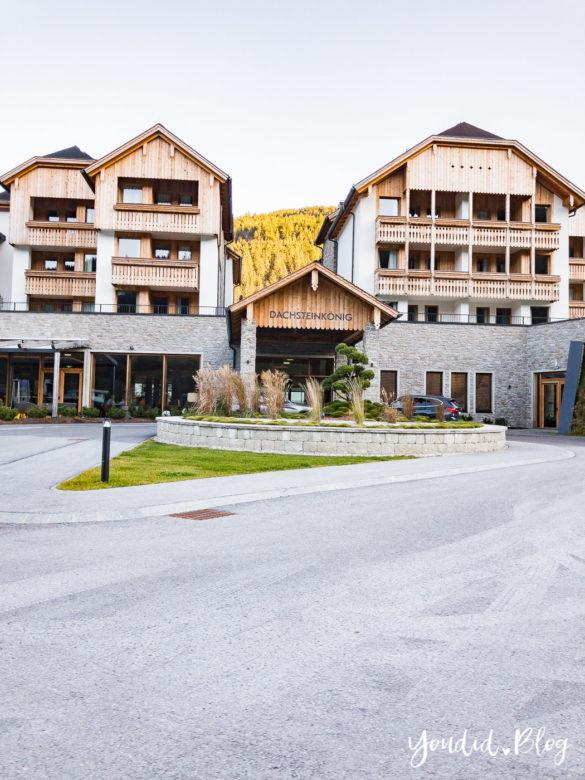 Luxus Familienauszeit im Dachsteinkönig das Familienhotel der Extraklasse Haupteingang | https://youdid.blog