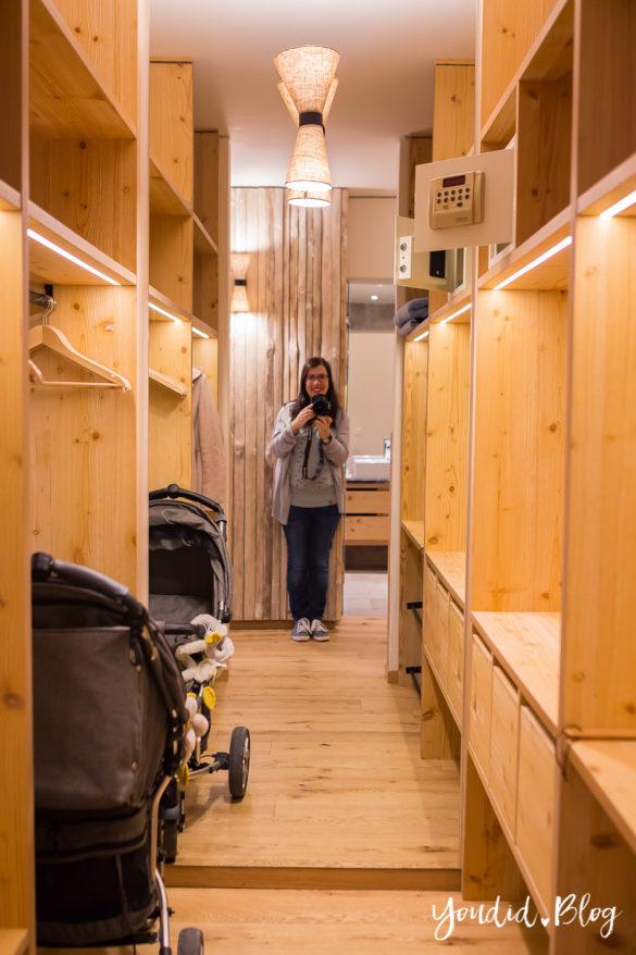 Luxus Familienauszeit im Dachsteinkönig das Familienhotel der Extraklasse Kleiderschrank | https://youdid.blog