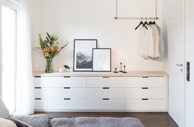 schlafzimmer einrichten blumen lovely interior | Special Blog Adventskalender auf https://youdid.blog