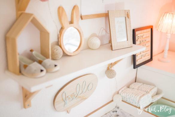 5 Tipps für entspanntes Wickeln nordic skandinavisches Kinderzimmer Hausregal Shelfie Shelf Girlsroom | https://youdid.blog