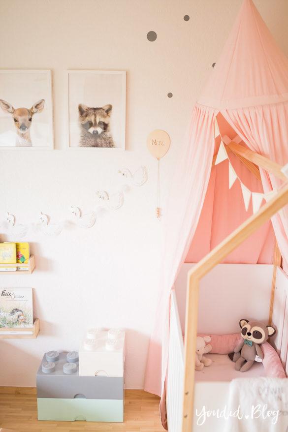 Ein Hausbett selber bauen oder auch nicht – Kinderzimmer Makeover mit Vertbaudet housebed nordic kidsroom | https://youdid.blog