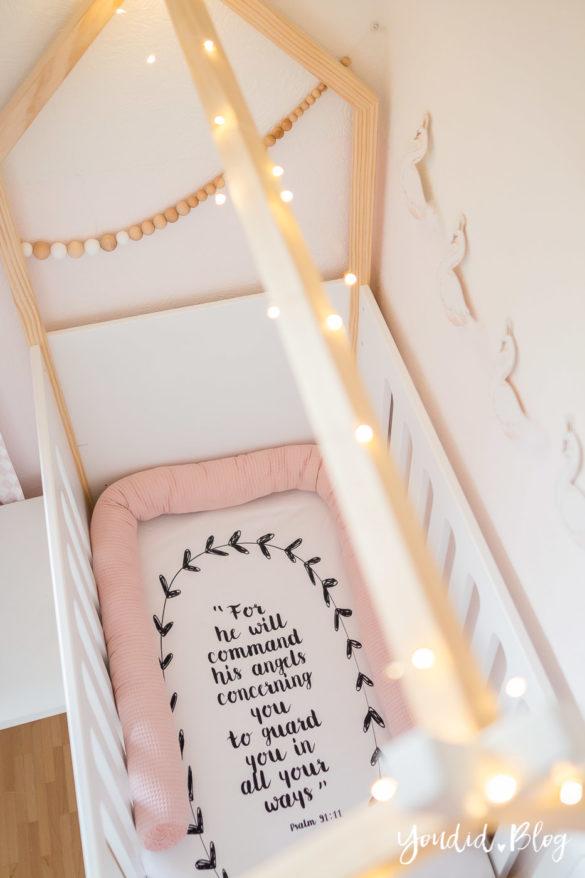 Ein Hausbett selber bauen oder auch nicht skandinavisches Kinderzimmer Make over DIY housebed nordic kidsroom | https://youdid.blog