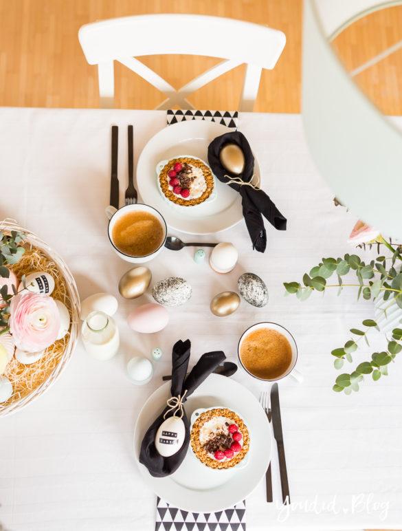 Osterbrunch mit Granola Tarte - Dekoideen für deinen Ostertisch - Ostern Dekoideen - Easter Decoration Happy Easter - Ostereier färben bemalen - Breakfast Granola Tart   https://youdid.blog