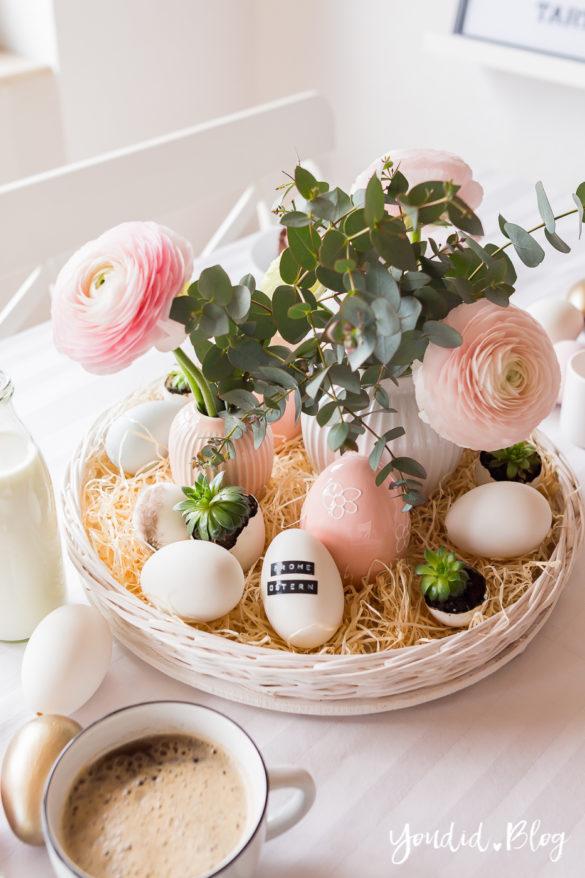 Osterbrunch mit Granola Tarte - Dekoideen für deinen Ostertisch Ostern - Easter Decoration Happy Easter - Ostereier färben - Eier bemalen - Breakfast Granola Tart - Ostertischdeko Ranunkeln | https://youdid.blog