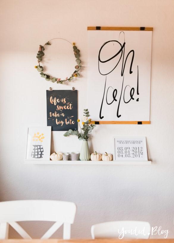 Bildergalerien im skandinavischen Wohnstil Make Over und Herbstdeko für meine Bilderleisten von Posterlounge eukalyptus Kranz | https://youdid.blog
