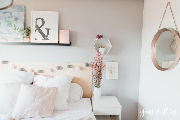 Schlafzimmer skandinavischen Wohnstil Make Over und Herbstdeko für meine Bilderleisten von Posterlounge IKEA Hack Bettkopfteil   https://youdid.blog