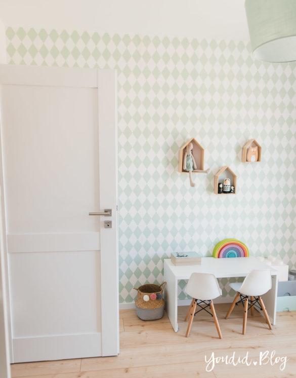 Room Tour durchs Haus moderne Kassettentüren und unsere Erfahrung mit Tür und Zarge Kidsroom Kinderzimmer | https://youdid.blog