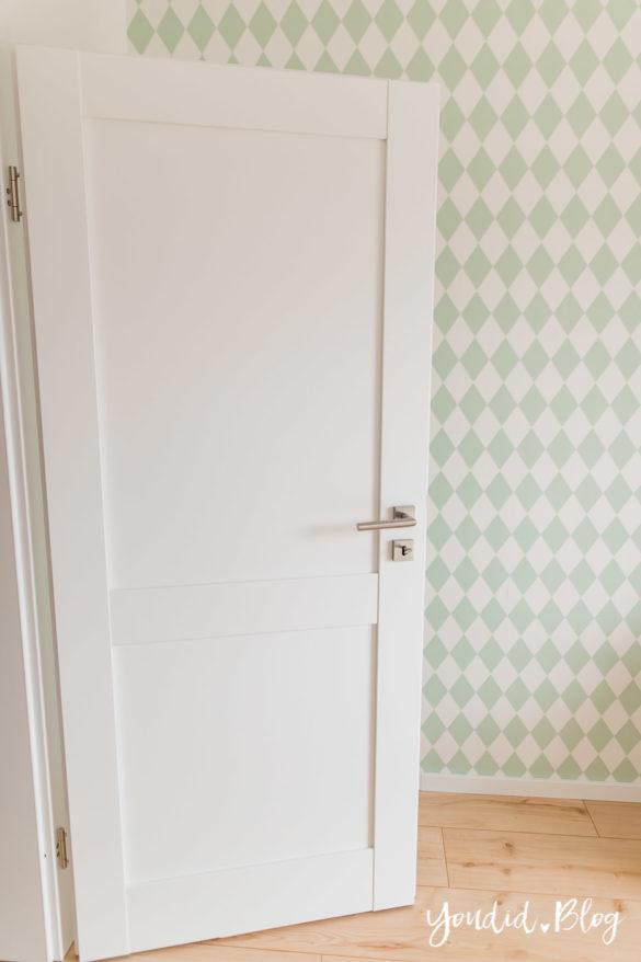 Room Tour durchs Haus moderne Kassettentüren und unsere Erfahrung mit Tür und Zarge mint | https://youdid.blog