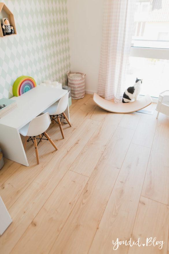 Unser skandinavisches Kinderzimmer und unsere Erfahrungen mit dem Purline Bioboden von Wineo Garden Oak XXL Dielen | https://youdid.blog