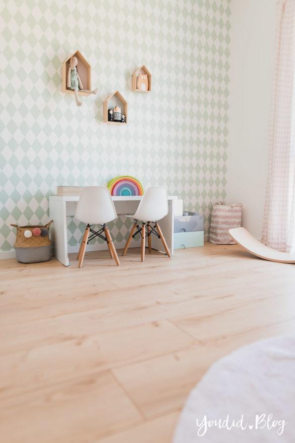 Unser skandinavisches Kinderzimmer und unsere Erfahrungen mit dem Purline Bioboden von Wineo Holzboden Vinyl in Holzoptik | https://youdid.blog