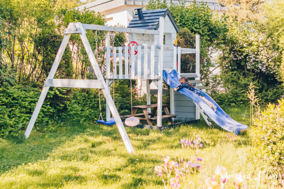 Unsere Gartenplanung und unser neuer Spielturm von Wickey Ein Kletterturm mit Rutsche Sandkasten Schaukel und Spielhaus Unsere Erfahrung mit dem Wickey Spielturm Smart Lodge | https://youdid.blog