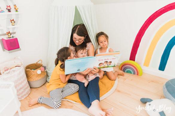 3 Monate Dreifach Mama - der perfekte Altersabstand und das persönlichste Vorlesebuch von Hurra Helden Kinderzimmer Regenbogen | https://youdid.blog
