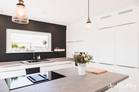 Bauanleitung Küchenschränke verkoffern Küchenschrankwand abkoffern Küchenhochschränke mit Trockenbau verkleiden und unser Lichtkonzept in der Küche | https://youdid.blog