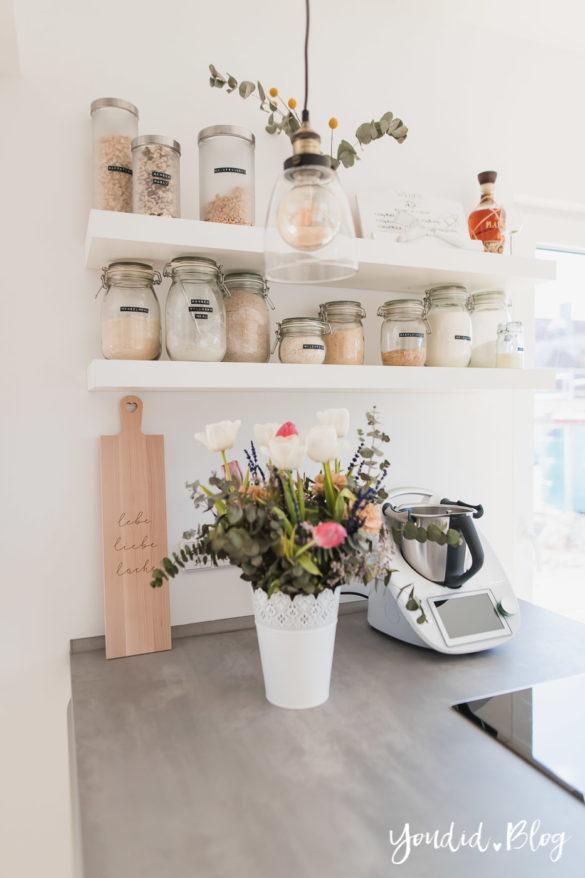 Bauanleitung Küchenschränke verkoffern Küchenschrankwand abkoffern verkleiden und Lichtkonzept in der Küche | https://youdid.blog