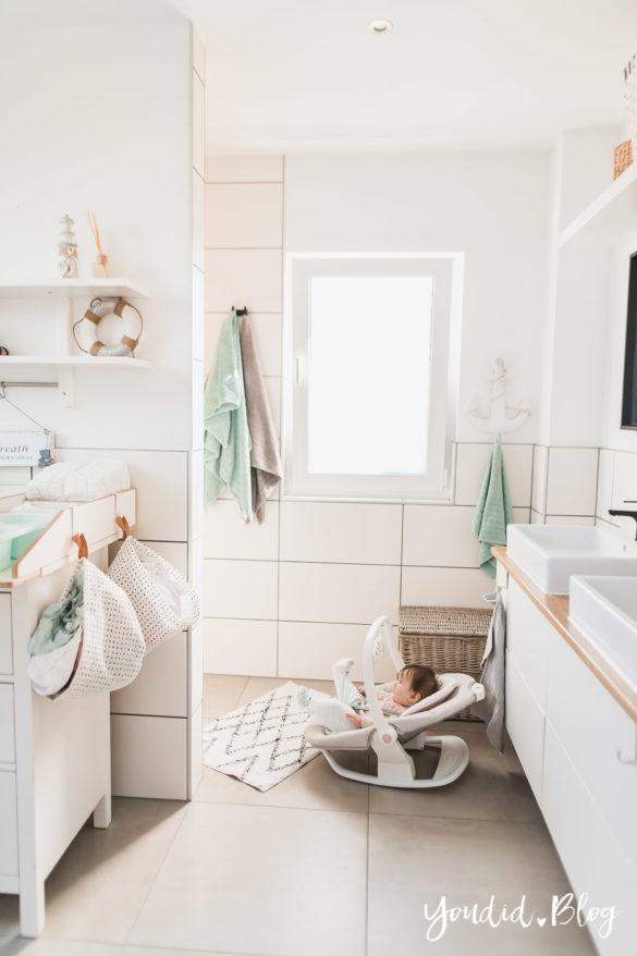Duschen mit Baby und meine Erfahrung mit der elektrischen Wippe Serina 2in1 | https://youdid.blog