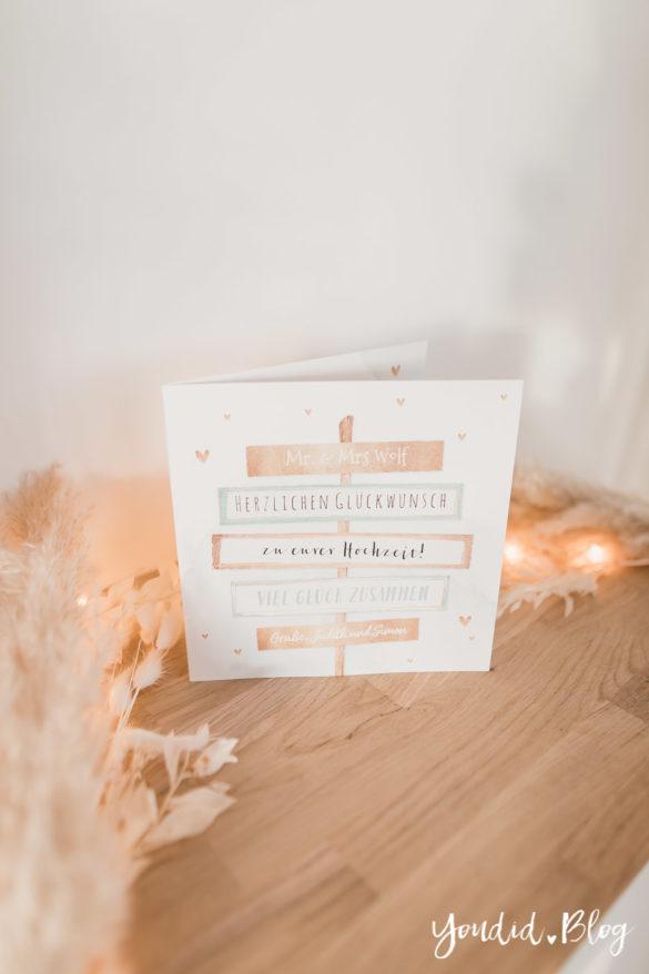 Besondere Umstände erfordern besondere Karten - meine Erfahrung mit Kaartje2go Pampasgras Hochzeitspapeterie Lichterkette individuelle Dankeskarten drucken | https://youdid.blog