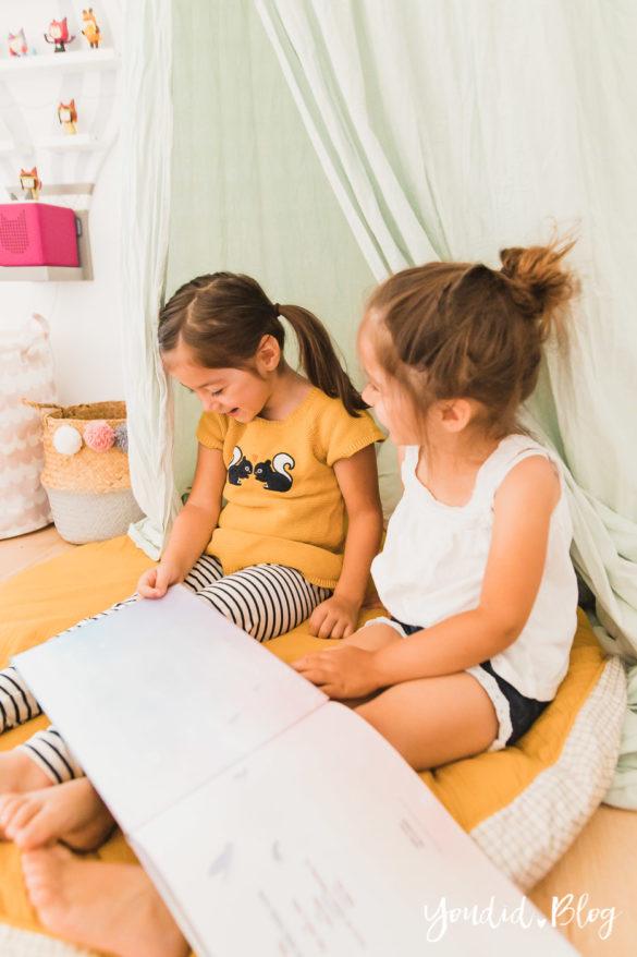 Zwischen Windeln Corona und Einhorn Kneten - Bleib Lässig Zuhause Skandinavisches Kinderzimmer Regenbogen Baldachin Betthimmel IKEA Hack Vorlesen | https://youdid.blog