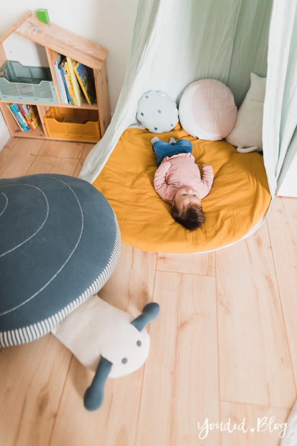 Zwischen Windeln Corona und Einhorn Kneten - Bleib Lässig Zuhause Skandinavisches Kinderzimmer Regenbogen Baldachin IKEA Hack | https://youdid.blog
