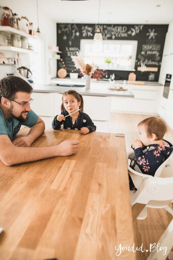 Den richtigen Hochstuhl finden - Unsere Erfahrung mit dem Stokke Steps nach 3 Kindern Esstisch | https://youdid.blog