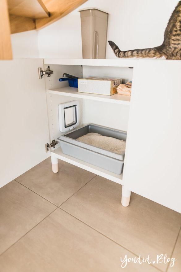 DIY Katzenklo in einem IKEA Besta Schrank verstecken - IKEA Hack verstecktes Katzenklo - Hack hidden cat litter box in a ikea cabinet | https://youdid.blog
