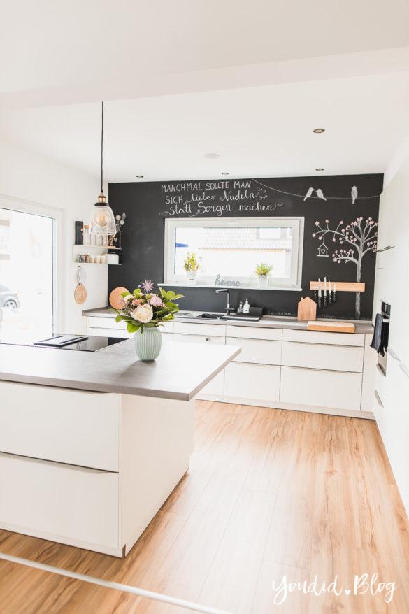 Fliesen Vinyl oder Holzfussboden in der Küche - Unsere Erfahrungen mit dem Purline Bioboden von Wineo Vinyl selbst verlegen Baum | https://youdid.blog