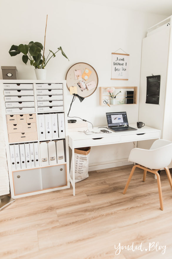 Fliesen Vinyl oder Holzfussboden in der Küche - Unsere Erfahrungen mit dem Purline Bioboden von Wineo Vinyl selbst verlegen Büro | https://youdid.blog