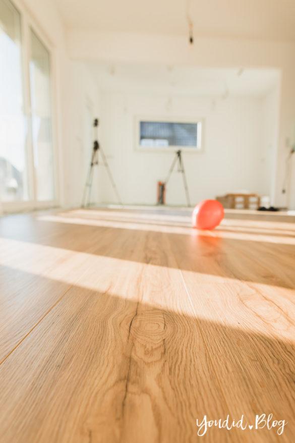 Fliesen Vinyl oder Holzfussboden in der Küche - Unsere Erfahrungen mit dem Purline Bioboden von Wineo Vinyl selbst verlegen Canyoan Oak | https://youdid.blog