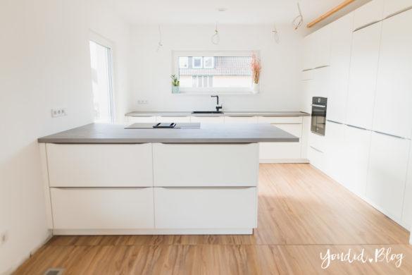 Fliesen Vinyl oder Holzfussboden in der Küche - Unsere Erfahrungen mit dem Purline Bioboden von Wineo Vinyl selbst verlegen erster Einblick | https://youdid.blog